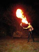 Feuershow-aus-Koblenz-Feuermaedchen-05